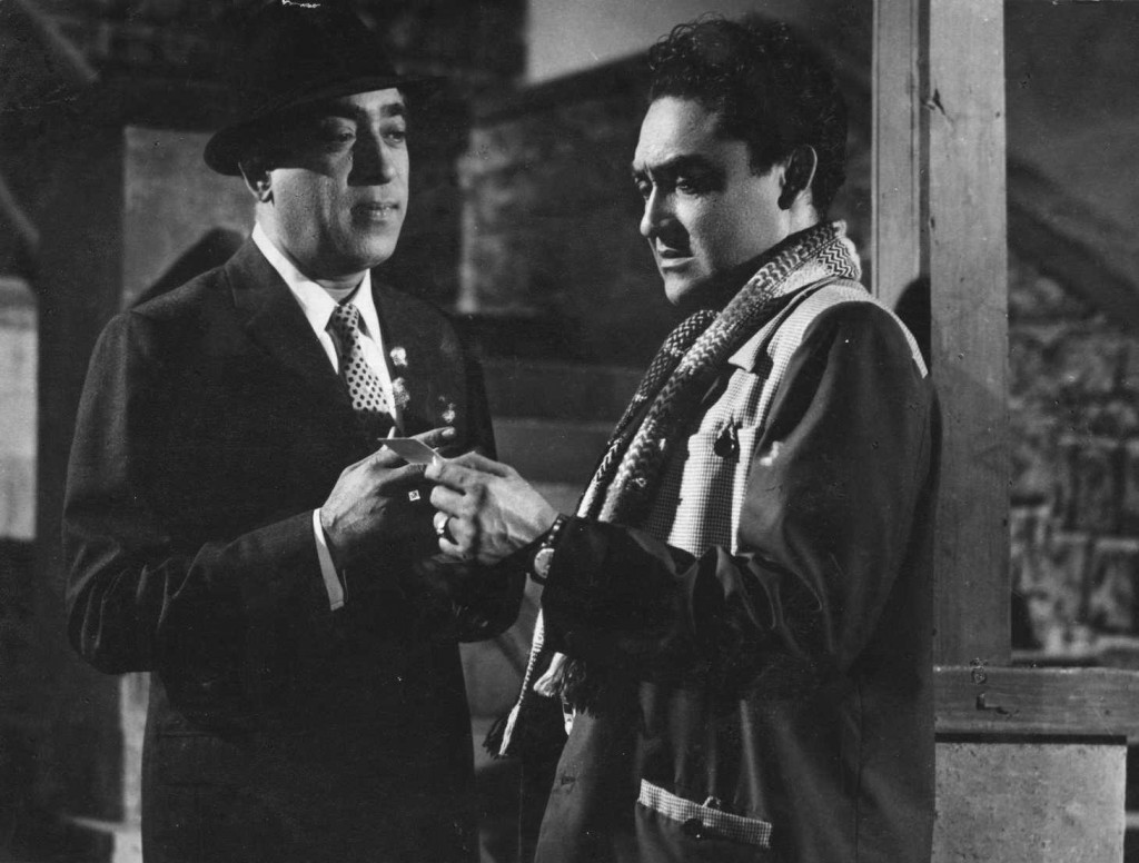 K.N. Singh- and Ashok Kumar in a still from Director Shakti Samanta's 1962 film 'Issi Ka Naam Duniya Hai'-Krishna Niranjan Singh-Villain-Actor-Bollywood-Bollywoodirect-Interview-Films-Movies-Biography-Wiki-Photos