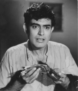 sanjeev kumar-Rare Pic-Interview-Photo-Old-Vintage-Bollywoodirect