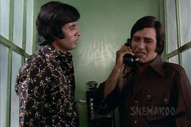 Amitabh Bachchan and Vinod Khanna -Bollywoodirect-Article-films-songs-watch-free-online-movies-family-age-height-weight-upcoming