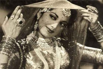 Suraiya_Actress_Singer_Actor_Superstar_Bollywood_Bollywoodirect_Rare Picture_Inveriew_Video_
