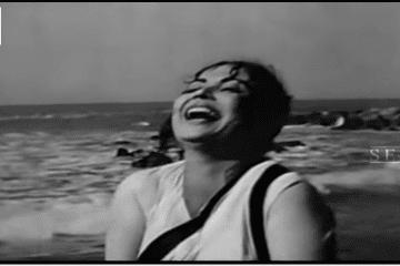 Sheesha E Dil Itna Na Uchhaalo - Lata Mangeshkar - DIL APNA AUR PREET PARAI - 1960-Raaj Kumar-Meena-Video-Song-Bollywoodirect