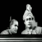 आज हिमालय की चोटी से फिर हमने ललकारा है-  क़िस्मत (1943)