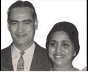 Ek Deewana Aate Jaate Humse Chhed Kare Asha Bhosle-O.P.Nayyar-Sahir Ludhianvi-Naya Daur-1957-Video-song-bollywoodirect