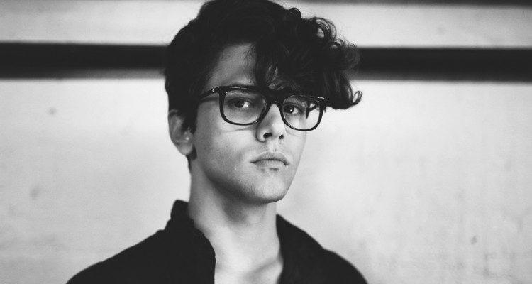 Xavier-Dolan-Bollywoodirect-actor-director- screenwriter-editor- costume designer- voice actor