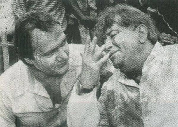 Holi At RK Studio-Raj Kapoor-Holi Celebration--Film-StarsBollywood-Prem Chopra-Holi-Actor-Hero-Amitabh-Bachchan-Rekha-Rang-Barse-Heriones-Actress-Playing Holi