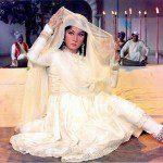Meena Kumari- The Poetess