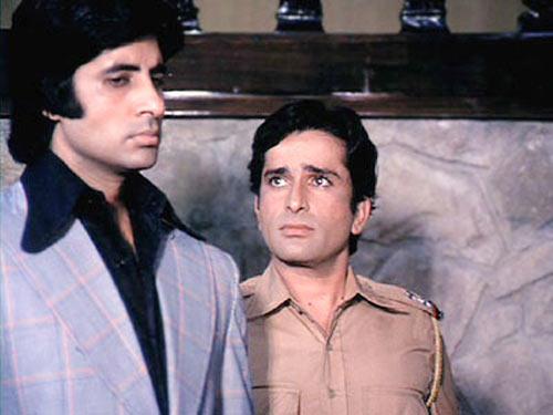 Amitabh Bachchan and Shashi Kapoor- Bollywoodirect