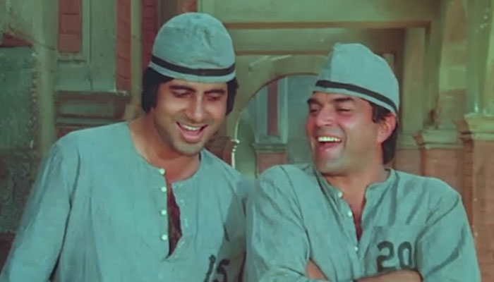 Amitabh Bachchan and Dharmendra - Bollywoodirect