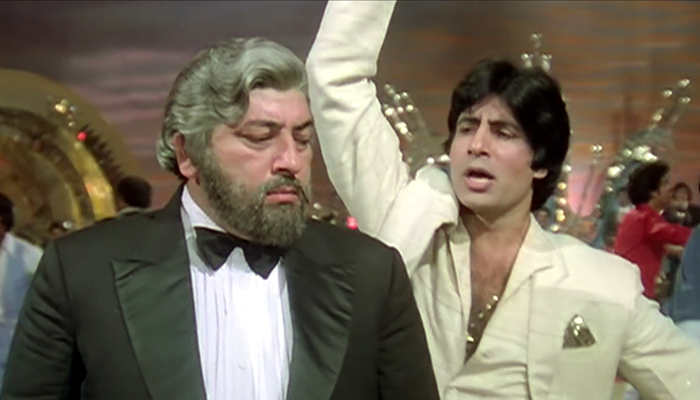 Amitabh Bachchan with Amjad khan - Bollywoodirect