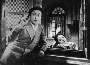 Ashok Kumar in 'Kismet' in 1943_Bollywoodirect_Dada Muni