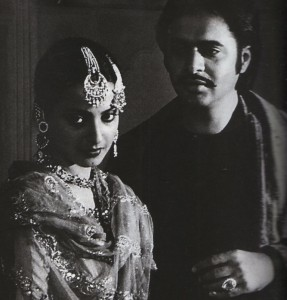 Rekha_Farooq Sheikh in Umrao Jaan_Bollywoodirect