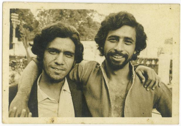 NASEERUDDIN SHAH-Kid-Baby-Rare-Unseen-Vintage-Old-Picture-Photo-Bollywoodirect-Mother-Family-Om Puri-Theatre-NSD-National School Of Drama-FTII