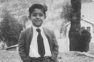 NASEERUDDIN SHAH-Kid-Baby-Rare-Unseen-Vintage-Old-Picture-Photo-Bollywoodirect