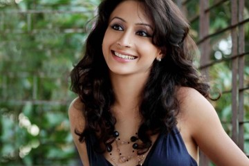 Auritra Ghosh-Actress-Actor-M Cream-Interview-Video-Image-Picture-Bollywoodirect