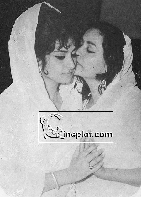 rare photos saira banu bollywoodirect