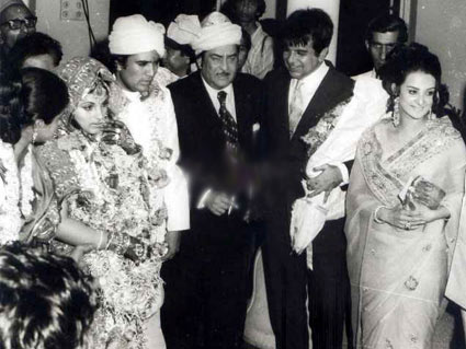 Saira Banu Bano Rare Photo Video Interview Naseem With Husband Dilip Kumar