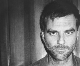 paul-thomas-anderson-filmmaker-filmmaking-advice-tips-interview-video-bollywoodirect